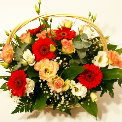 Lillekorv gerbera, roos, preeriakell