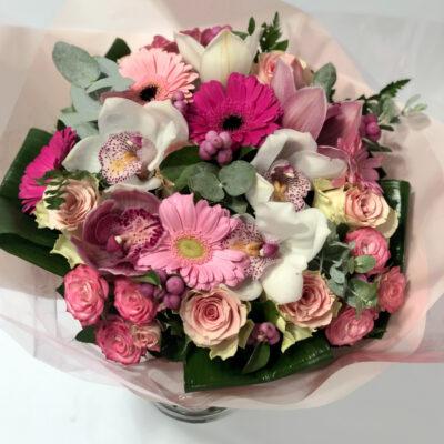 Kimp orhideede ja roosidega2