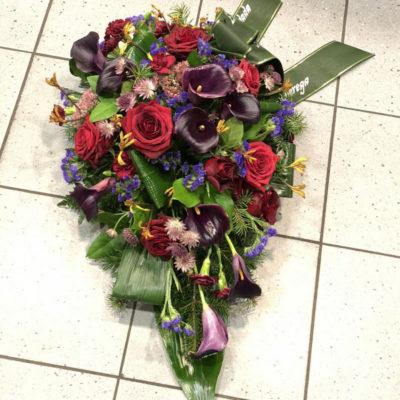 Matusekimp tumedate lilledega2