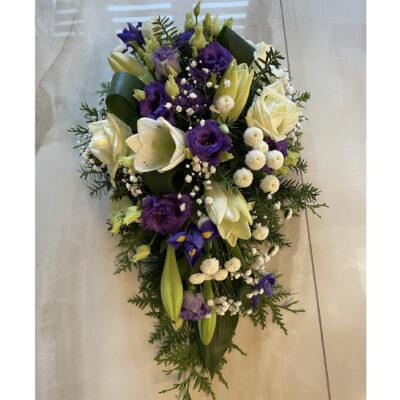 Matusekimp valgete liiliate ja lillade preeriakelladega2