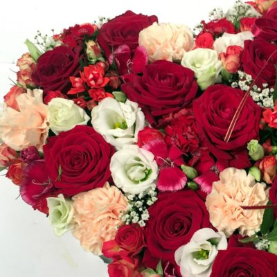 Lilledest süda_punane