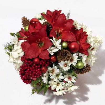 Lilleseade karbis kunstlilledega, jõulu